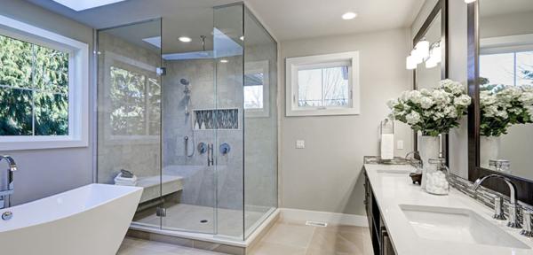 gehard glas in badkamer